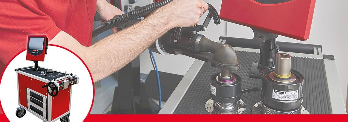 Los simuladores de juntas se utilizan para reproducir las condiciones normales<br/>de uso de una herramienta eléctrica de manera que la calibración de la herramienta es<br/>adaptada a la capacidad de resistencia de la junta donde se utiliza la herramienta en la línea.<br/>La elección de la rigidez blanda o dura es necesaria ya que el torque<br/>desarrollado por la mayoría de las herramientas varía con la rigidez de las juntas.<br/>Cada simulador de juntas se identifica por dos anillos de colores para<br/>un rápido y fácil reconocimiento por parte del operador.<br/>